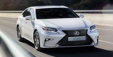 Оновлений бізнес седан Lexus ES250 вже вУкраїні