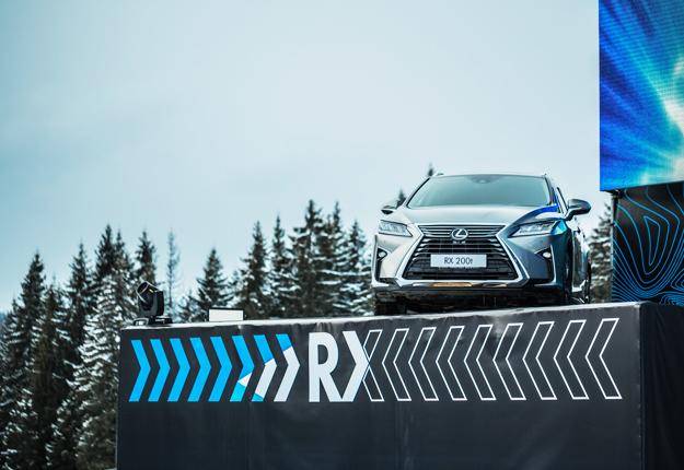 25 27 лютого 2016 року начесть виходу нового покоління культового кросовера Lexus RXузимовому курорті «Буковель» відбувся «Lexus High Drive»