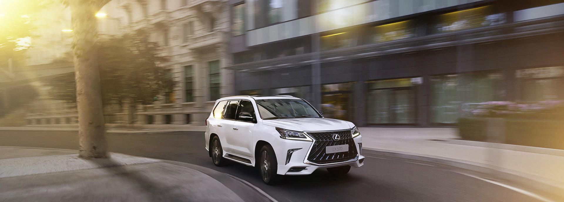 старт замовлень на нову версію преміум позашляховика Lexus LX