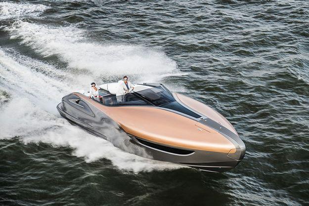 Lexus представив концепт спортивної яхти