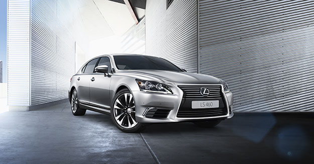 Новий седан представницького класу Lexus LS